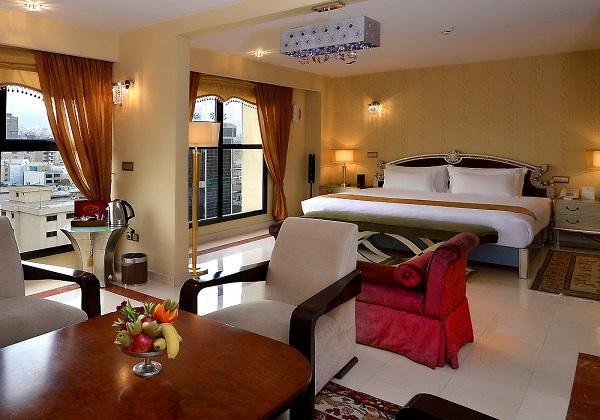 Espinas-Hotel