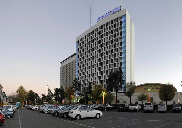 Parsian-Esteghlal-hotel