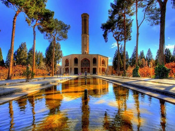 Persian-Garden-in-Yazd
