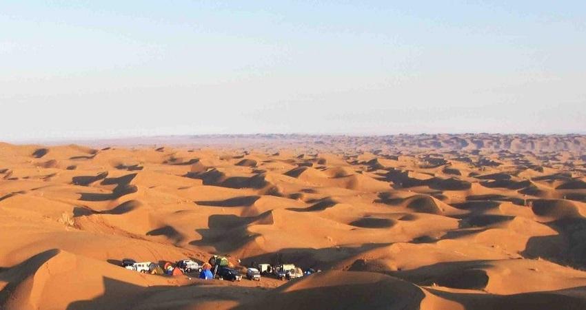 Rig-e jenn-desert-Iran