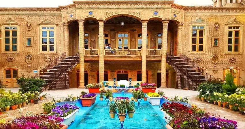 Darougheh_House